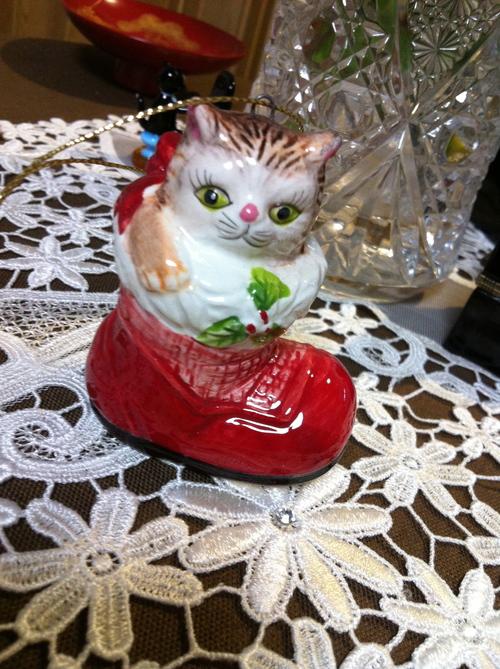 お猫オーナメント_c0185356_173374.jpg
