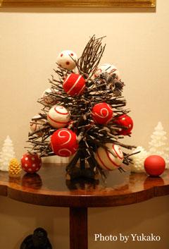 さりげないクリスマスツリー_b0065587_19393937.jpg