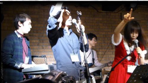 2012年カラフル年末ライブのライブレポ、その1(ジェイバンド~SUBERIMASU)_e0188087_1282561.jpg