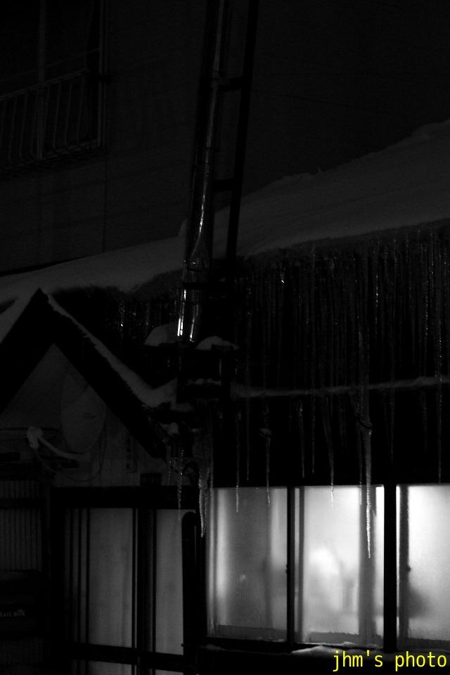 雪の中のあかり_a0158797_2291142.jpg