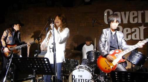 2012年カラフル年末ライブのライブレポ、その1(ジェイバンド~SUBERIMASU)_e0188087_23253160.jpg