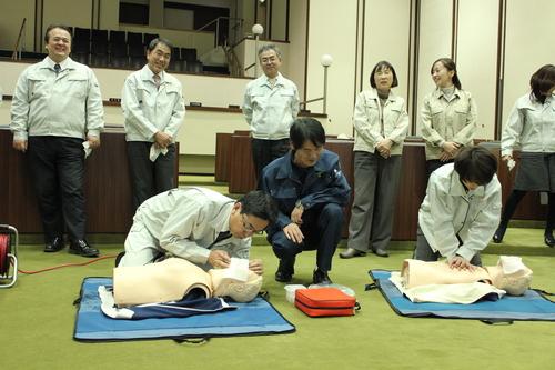 心肺蘇生法・AED講習_e0068696_16395213.jpg