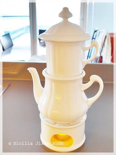 ウィーン式コーヒー「カールスバーダー」_f0229410_124444.jpg