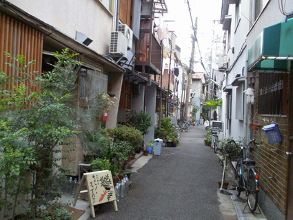 大阪・中崎町 1_a0099744_1901745.jpg