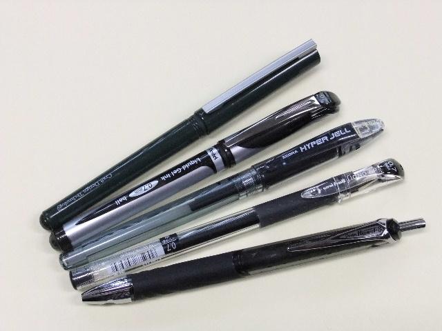 年賀状筆記具。_f0220714_22431533.jpg