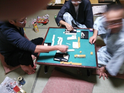 大学時代の仲間と麻雀_b0237229_354452.jpg