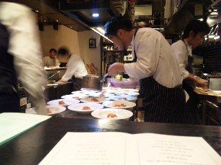 blog:大阪クリスマス_a0103940_11315473.jpg