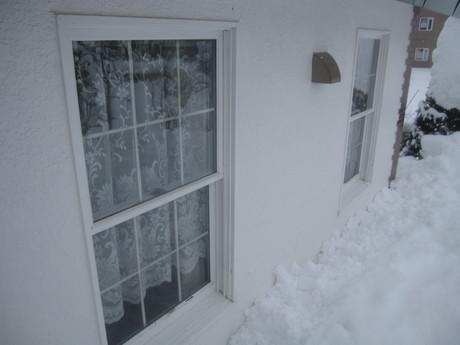 早くも凄い雪の庭とお家ご飯_a0279743_1140419.jpg