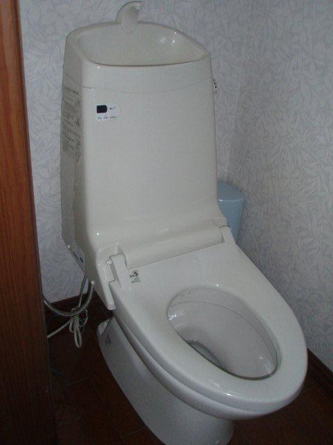 Lixil アステオへトイレをリフォーム(横浜市)_e0207151_14382150.jpg