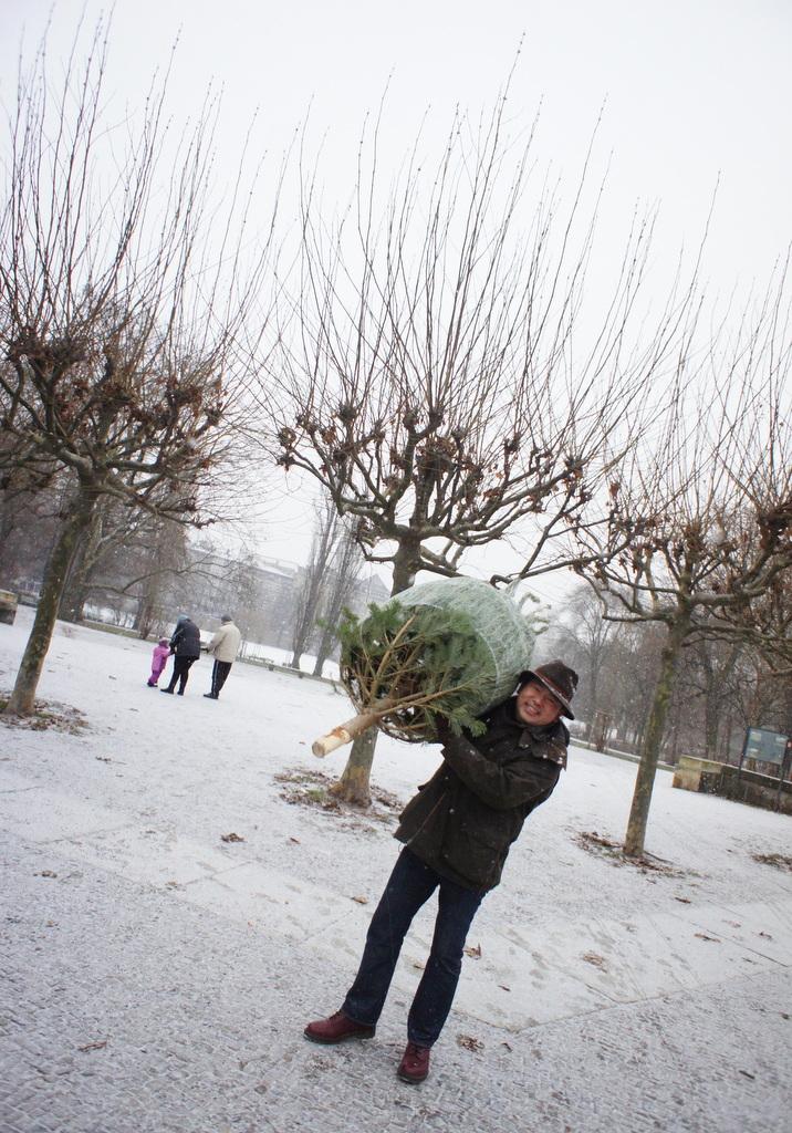 Berlin,また雪!_c0180686_2211595.jpg