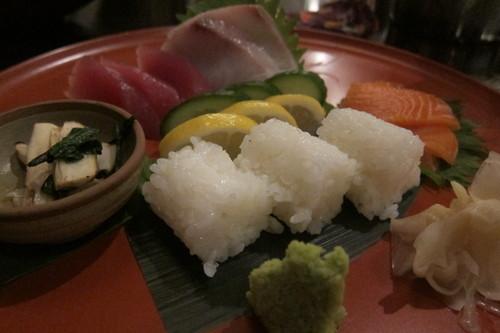ソーホーにある、京都銀閣寺のうどんの名代_d0240098_0583657.jpg