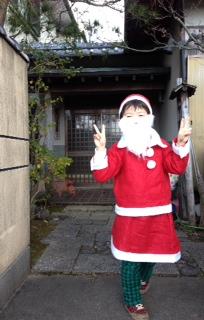 サンタがやって来た!_f0015517_2328761.jpg