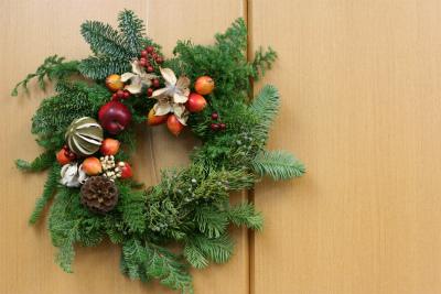 一会定期レッスン12月クリスマスリース モミの部_a0042928_20125426.jpg