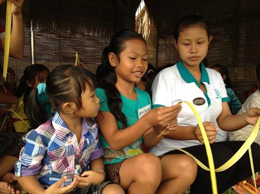 スバックタボラ・ヴィラにて、子供達の楽器や踊りの練習が見られます Latihan anak2 di Subak Tabola Villa_a0120328_9581988.jpg
