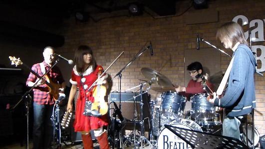 2012年カラフル年末ライブのライブレポ、その2_e0188087_16225418.jpg