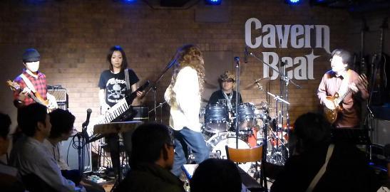 2012年カラフル年末ライブのライブレポ、その2_e0188087_16463521.jpg