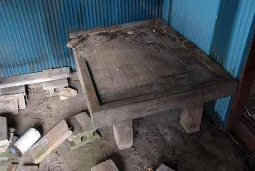 築約100年の炭住の解体_f0173596_18473747.jpg