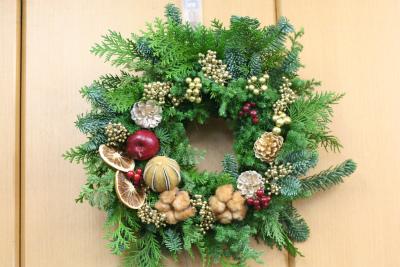 一会定期レッスン12月クリスマスリース モミの部_a0042928_17445751.jpg