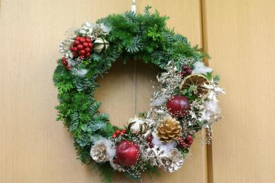一会定期レッスン12月クリスマスリース モミの部_a0042928_17451425.jpg