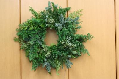一会定期レッスン12月クリスマスリース モミの部_a0042928_17465757.jpg