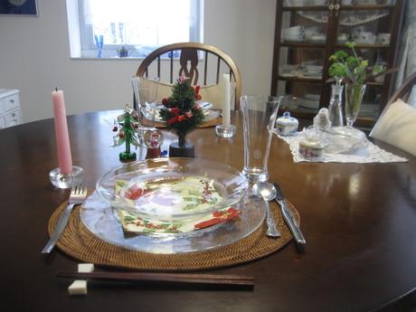 クリスマスイブの食卓風景_a0279743_1195745.jpg