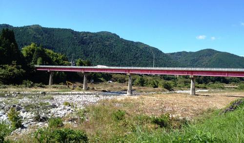 写真で見る『中央橋架け替え工事』_c0238069_926917.jpg