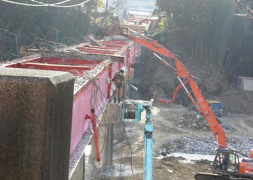 写真で見る『中央橋架け替え工事』_c0238069_9275576.jpg