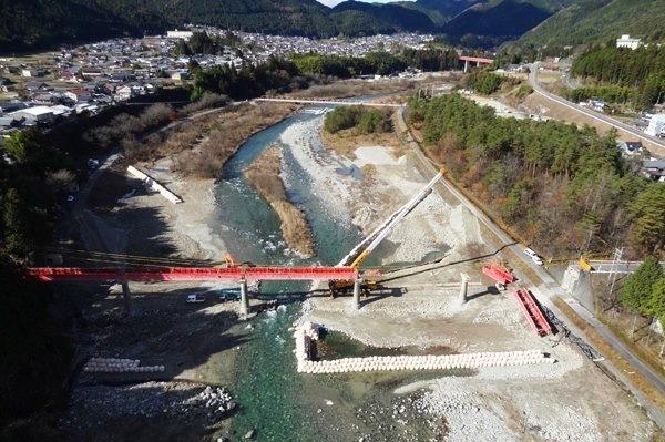 写真で見る『中央橋架け替え工事』_c0238069_928773.jpg