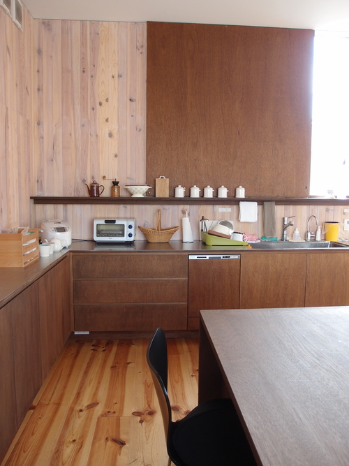 REAL KITCHEN & INTERIORという本_a0116902_23542180.jpg