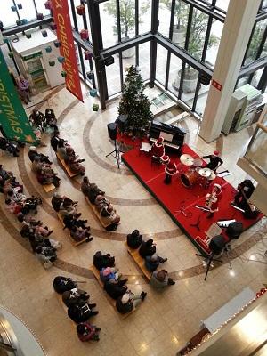 ☆*:.。.12月25日 Merry Christmas!! .。.:*☆_a0218340_12514490.jpg