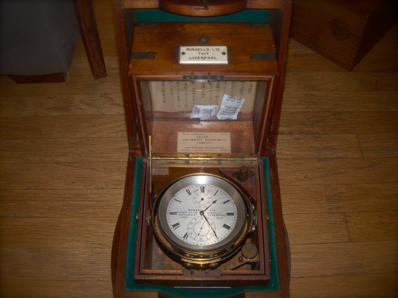 marine chronometer _f0057849_16593956.jpg