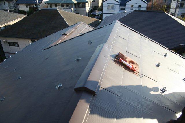 屋根の葺き替えとPanasonic太陽光発電設置2(多摩市)_e0207151_1825894.jpg