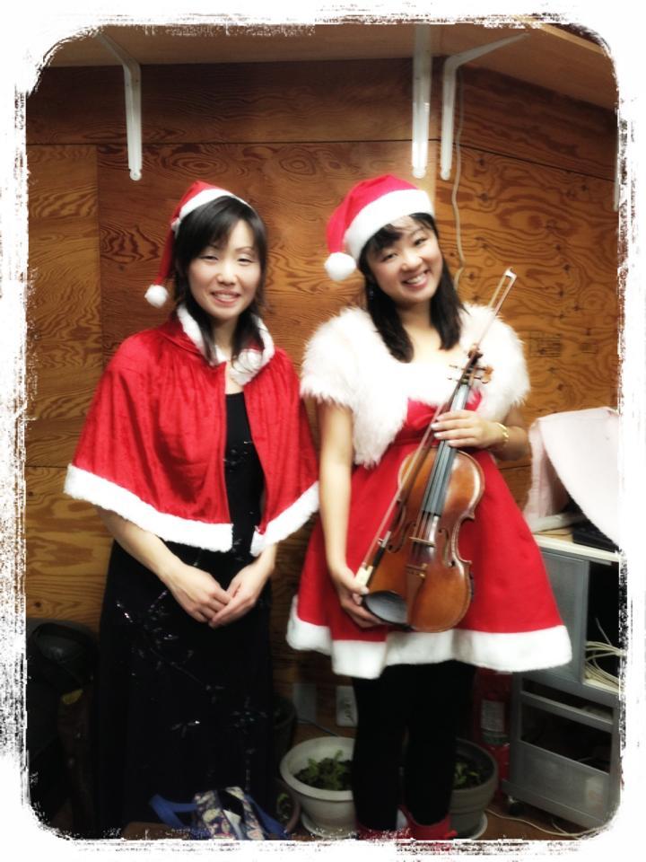 木の箱カフェ プレジール クリスマスコンサート♪_f0109257_8593386.jpg