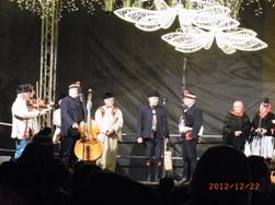 Czech Republic プラハのクリスマスと教会コンサート_e0195766_14411100.jpg