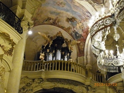 Czech Republic プラハのクリスマスと教会コンサート_e0195766_1532594.jpg