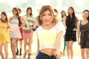 2012年アメリカで最も視聴された音楽ビデオ『コール・ミー・メイビー』 (Call Me Maybe)_b0007805_4131782.jpg
