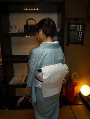 野田淳子さん・素敵な色無地のイブの着姿。_f0181251_1755556.jpg