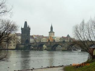 Czech Republic プラハの風景とKolonadaのカフェ_e0195766_123144.jpg