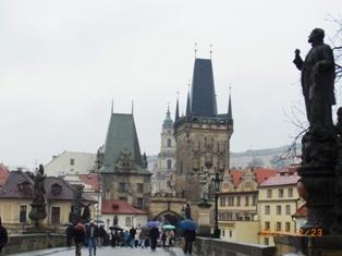 Czech Republic プラハの風景とKolonadaのカフェ_e0195766_142129.jpg