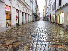 Czech Republic プラハの風景とKolonadaのカフェ_e0195766_161367.jpg