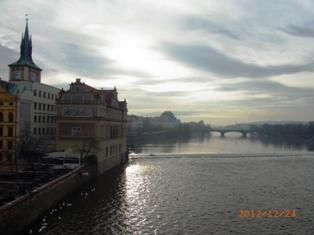 Czech Republic モルダウと聖ミクラーシュ教会_e0195766_22582418.jpg