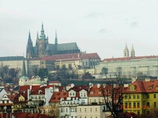 Czech Republic モルダウと聖ミクラーシュ教会_e0195766_22595231.jpg