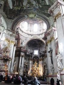 Czech Republic モルダウと聖ミクラーシュ教会_e0195766_2304010.jpg