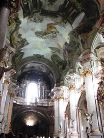 Czech Republic モルダウと聖ミクラーシュ教会_e0195766_2311265.jpg