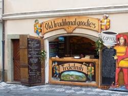 Czech Republic モルダウと聖ミクラーシュ教会_e0195766_23649100.jpg