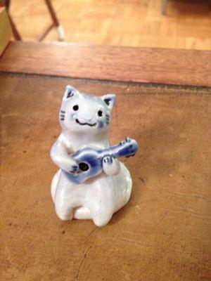 ウクレレ猫♪_f0095325_12104946.jpg