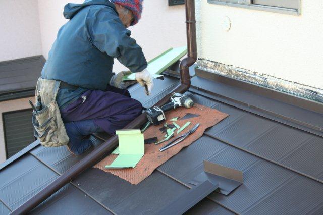 屋根の葺き替えが完了しました(多摩市)_e0207151_11532318.jpg