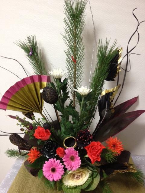 お正月花アレンジメント_f0204295_17492357.jpg