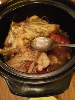 地元のベトナム食堂_b0233441_21402215.jpg