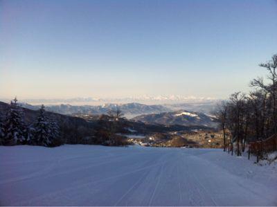 本日の蔵王温泉スキー場_b0185375_8452527.jpg